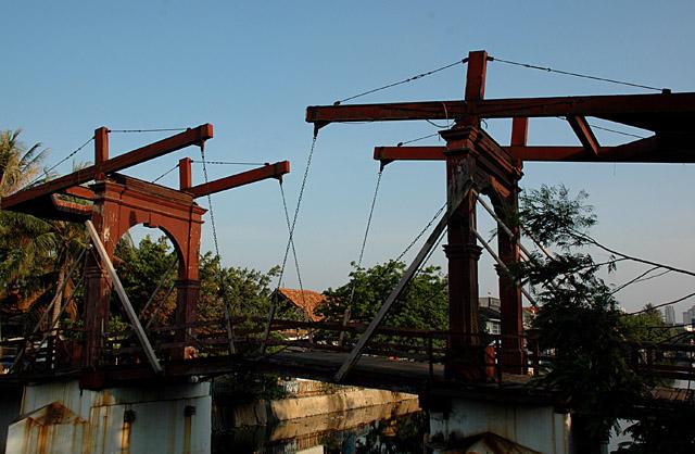 Jembatan Pasar Ayam