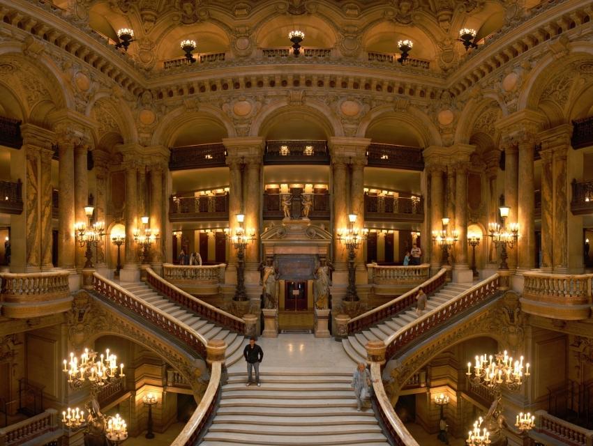 Ópera Cheval d'or - Primeiro andar, Área de Espetáculos 10777-7