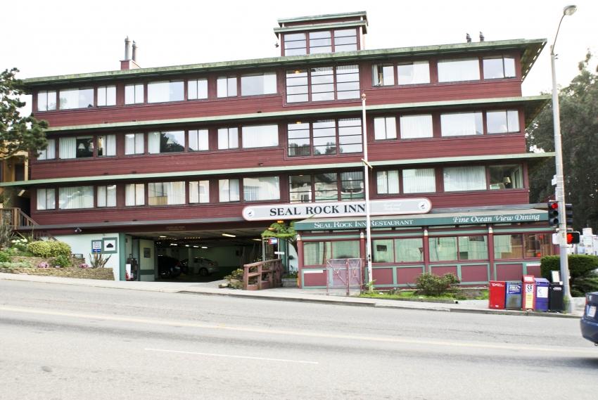Seal rock inn san francisco accommodation eventseeker for Royal pacific motor inn san francisco ca 94133