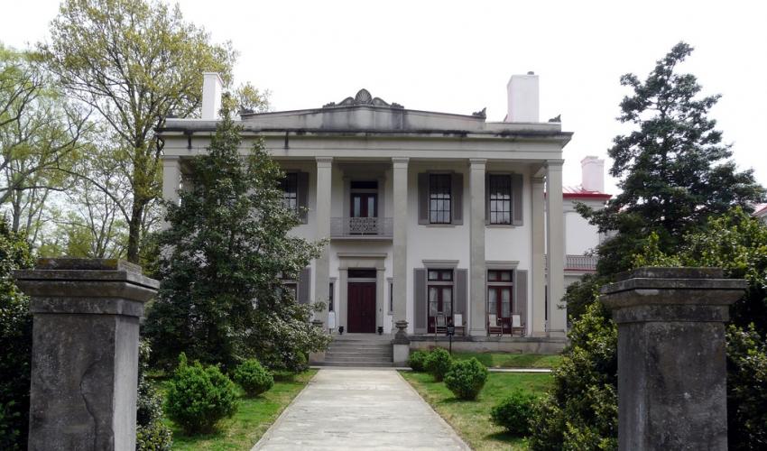 Hotels Near Belle Meade Plantation