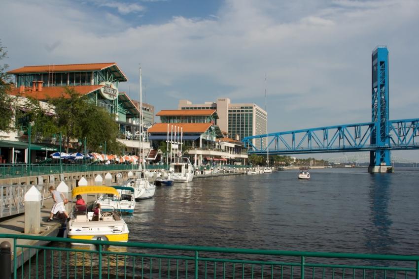 Landing - Jacksonville, FL