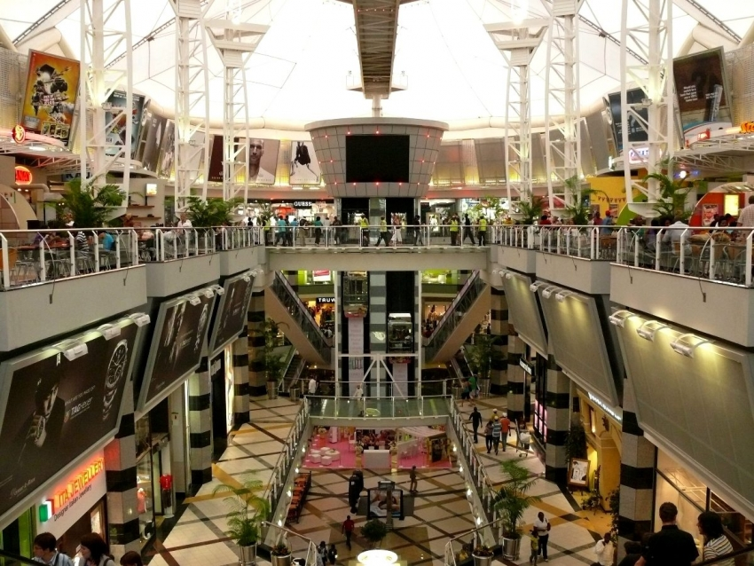 Menlyn Park Shopping Centre, situated in SA's capital city of Pretoria, is the second largest mall in Africa. Menlyn is arguably the most popular shopping mall in the Pretoria area, easily accessible to all and therefore is constantly abuzz with customers!