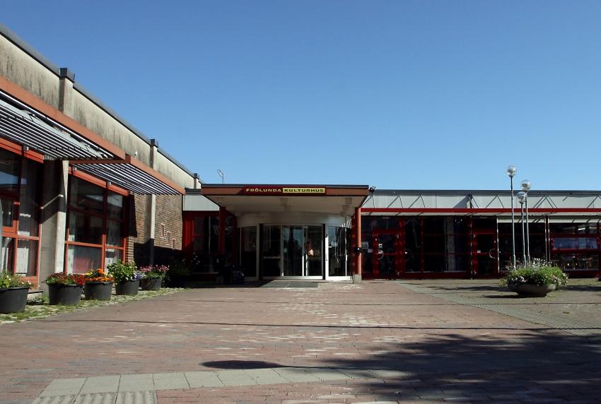 västra frölunda bibliotek