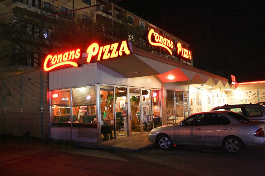 Conans Pizza - Austin, TX