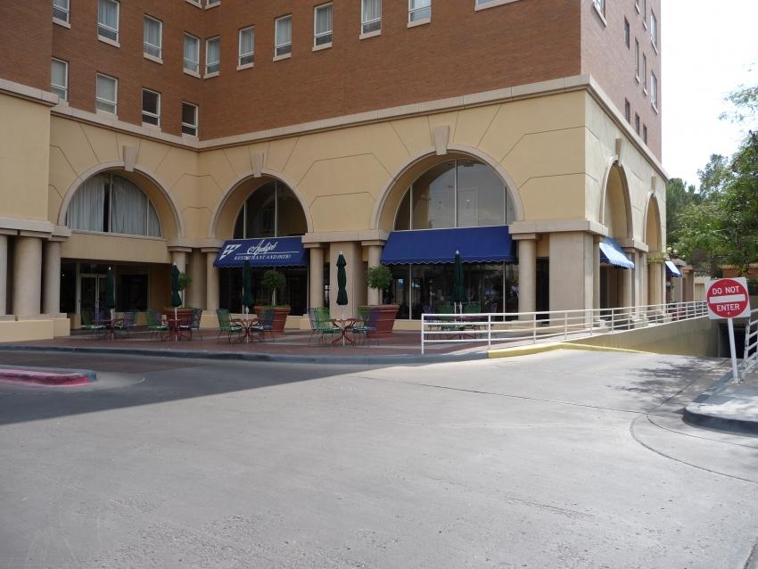 Azulejos Restaurant - El Paso, TX