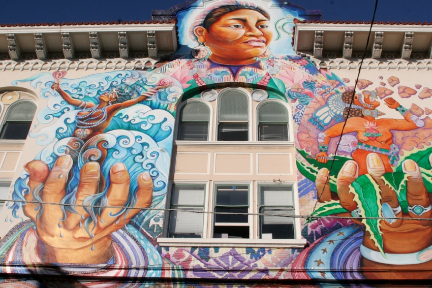 Women 39 s building san francisco tourist attractions for 18th street mural