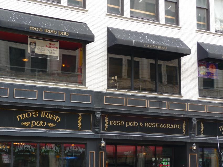 Mo's Irish Pub - Milwaukee, WI