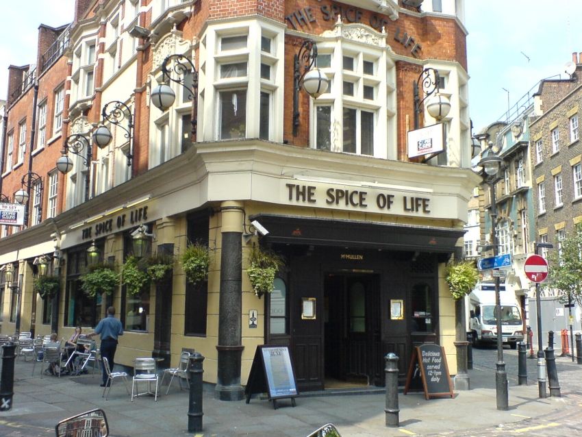 Spice Of Life London Bars Amp Cafes Entertainment