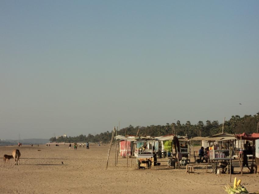 Aksa Beach Near Railway Station