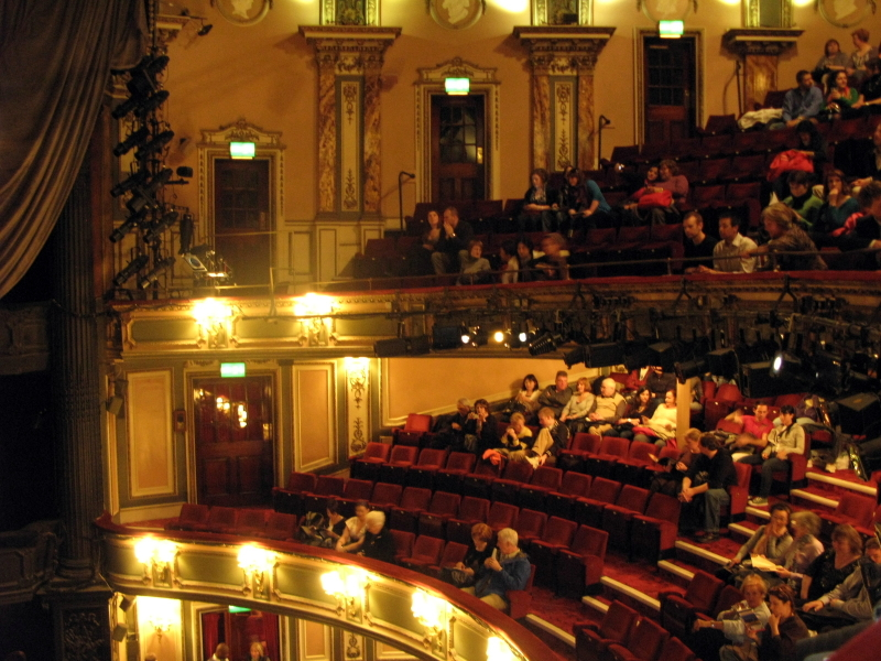 Her Majesty S Theatre London Entertainment Venues