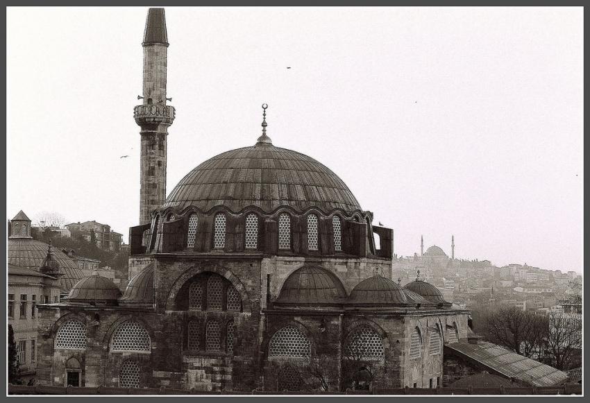 Rustem Pasha Mosque (Rustem Pasa Camii)  Istanbul ...