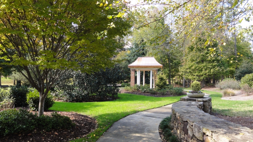 Tanger Family Bicentennial Garden Greensboro Cityseeker